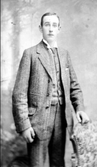 Clarence c1915-16