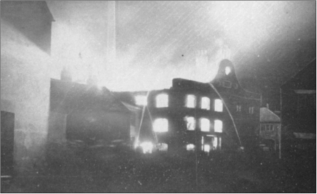 Fire at Walkers 1908 (Ross)